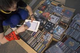 Selling Used CDs for Profit: Free Tips for Maximum Cash