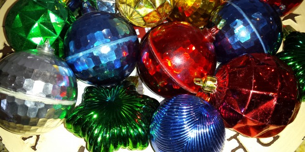 shiny brite christmas ornaments - Old Christmas Decorations